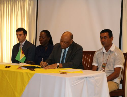 Ministry of Natural Resources signs Memoranda of Understanding with National Toshaos Council and World Wildlife Fund