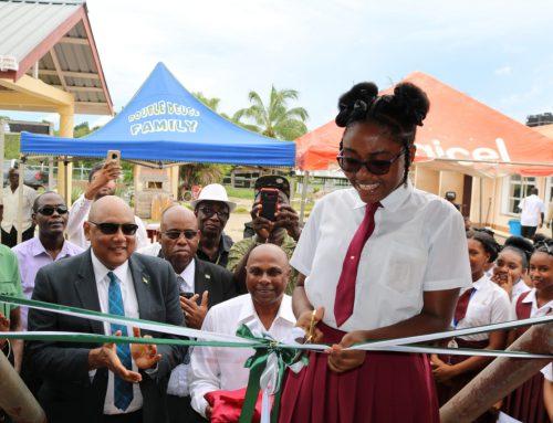 Press Release – Kwakwani Secondary receives 15 new computers